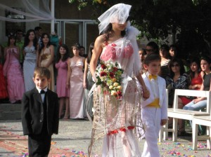 fashion-show-prepared-by-armavir-sewing-and-design-student-61408-7,1008-789