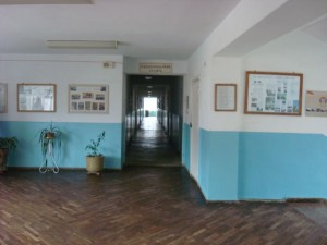 ijevan-corridor-with-old-flooring-