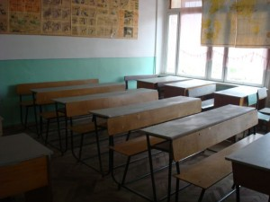 ijevan-college-old-classroom-to-be-renovated-for-beautician-workshop2