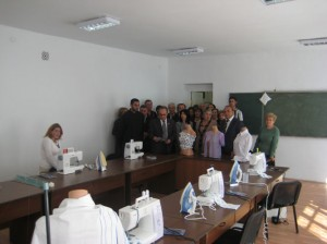 AAEF-President-Vice-President-visiting-Maralik-sewing-Tayloring-workshop