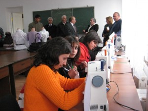 Maralik-VHS-sewing-desining-students-happy-to-work-in-new-remodeled-workshop-with-new-sewing-machines--063